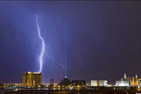 Las Vegas Lightening Strike - Photo credit VOA RadioGram